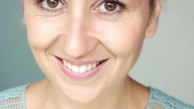 Renee Lyons