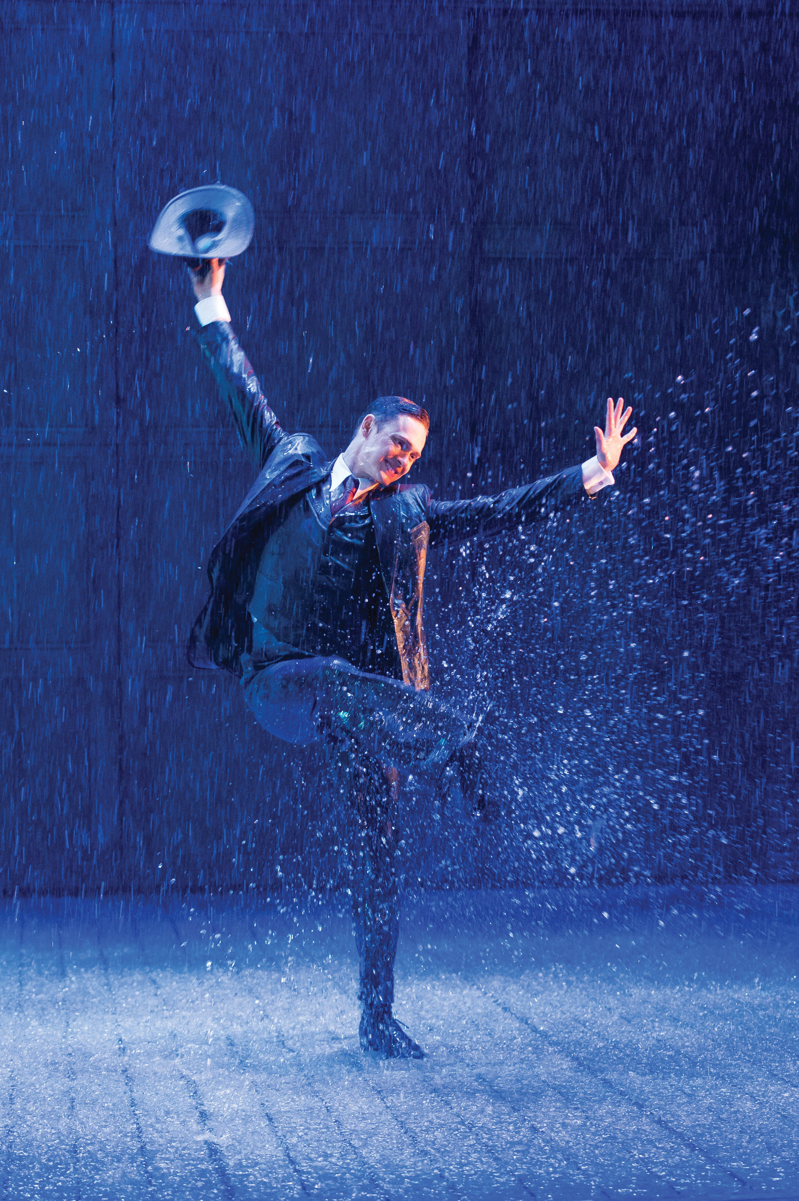 essay on Singing in the Rain Musical Review and Summary Edunloaded