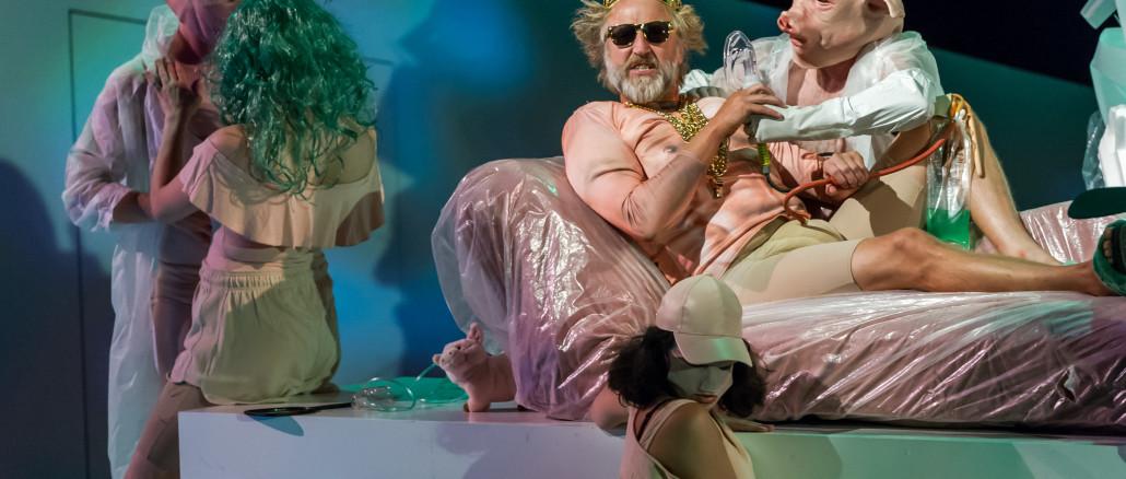 Peer Gynt, by Eli Kent; dir Colin McColl; Auckland Theatre Company production; photographs Michael Smith